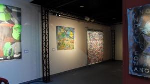 Le tableau collectif réalisé par les résidents du CHRS Prost voisine d'autres œuvres réalisées par des artistes amateurs et professionnels !!!